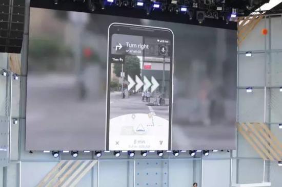 谷歌地图小范围推出的AR实景导航 百度地图三年前已开始布局
