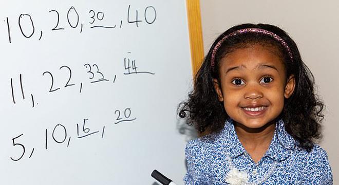 4岁神童智商测试140分 成英国门萨协会第二年轻会员
