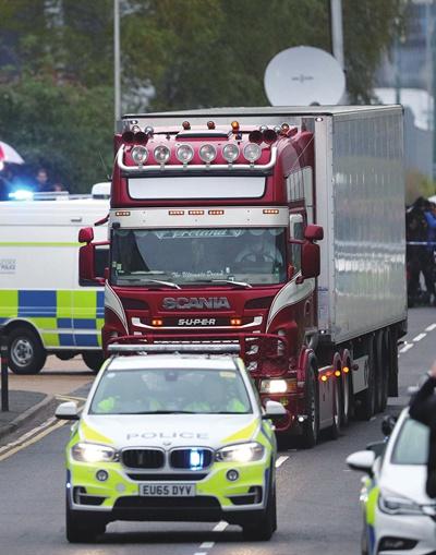 """英国冷藏卡车案不再是""""冰冷的谜"""""""