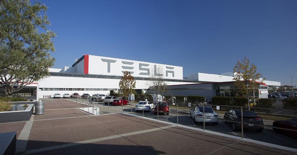 科技大事件:特斯拉欲在中国建立电动车工厂