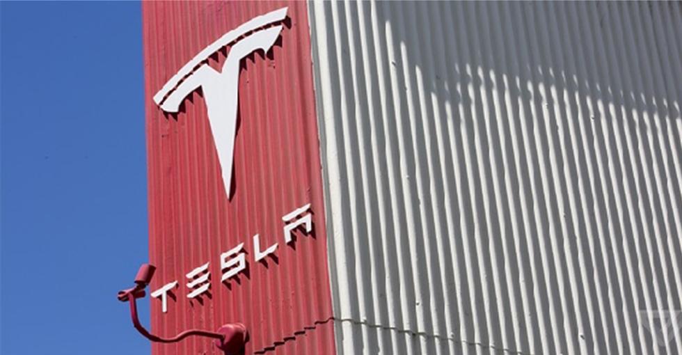 科技大事件:特斯拉被指使用国外廉价劳动力修建美国工厂